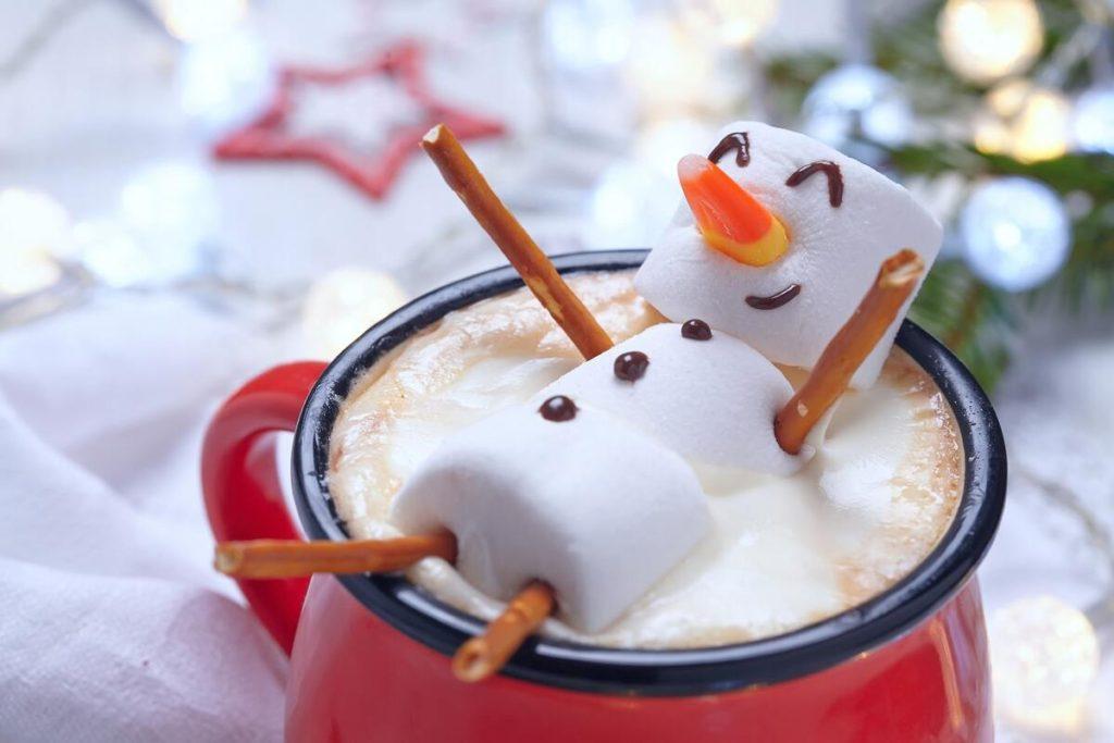 recetas con chocolate caliente con muñeco de nieve