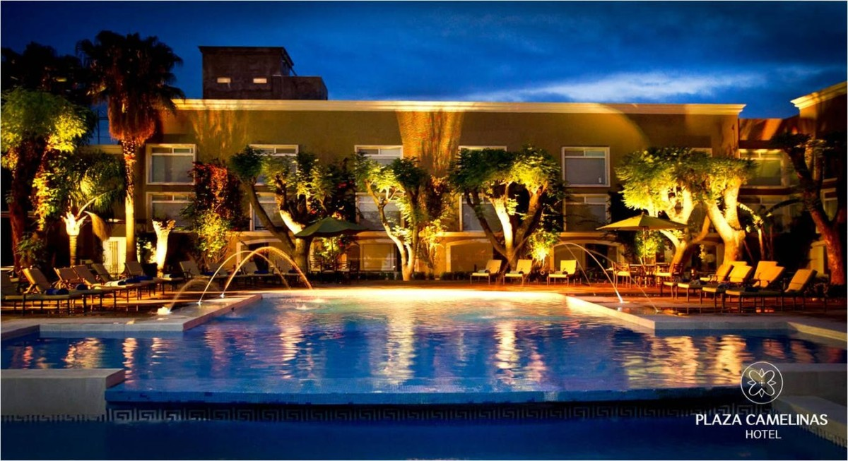 Hotel plaza camelinas